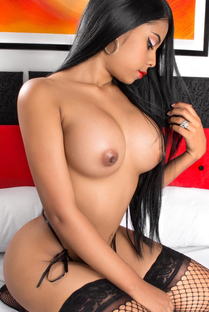 Selena Bella