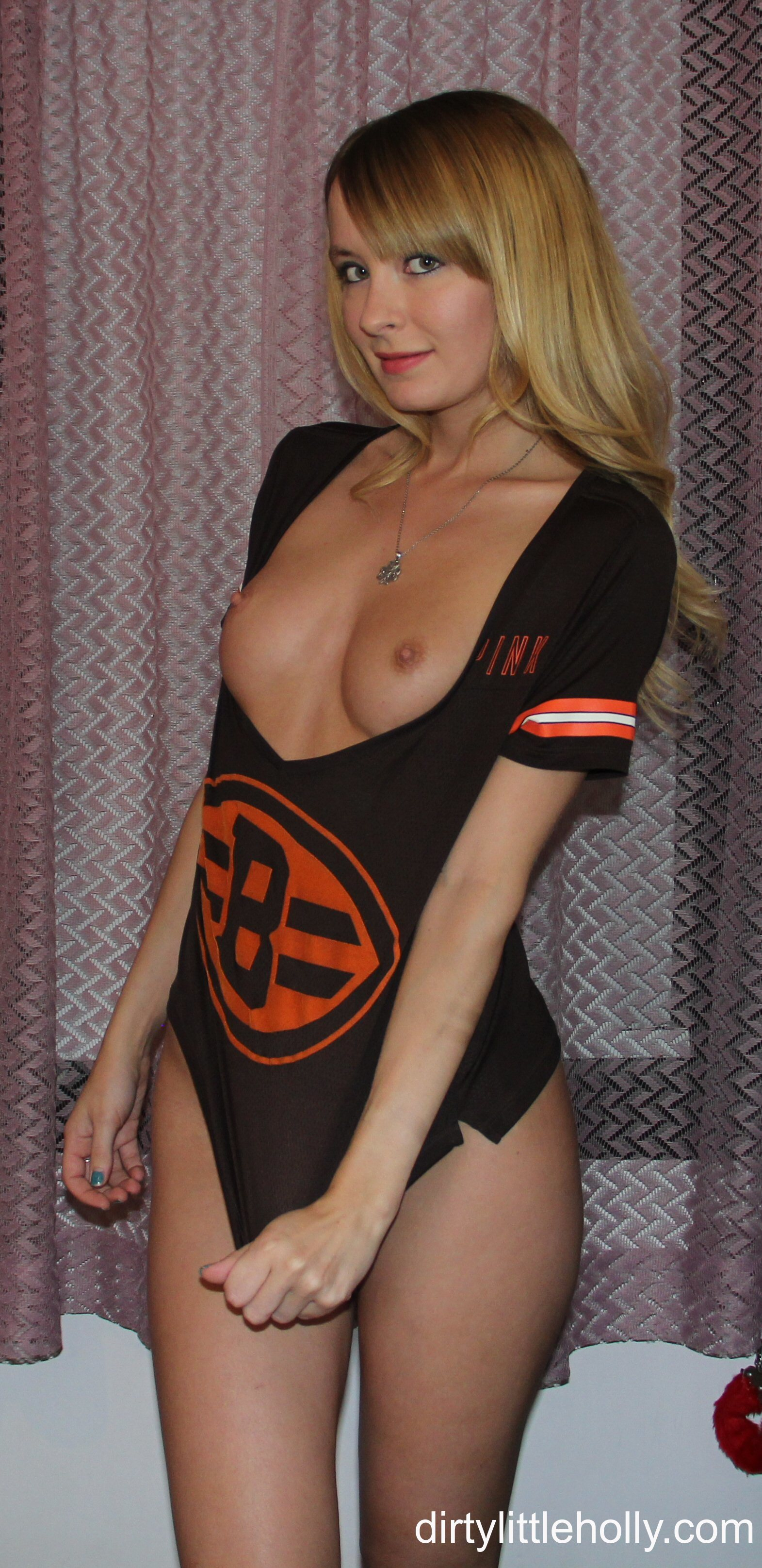 Amateur cleveland browns fan gives pov head slomo facial - 2 part 9